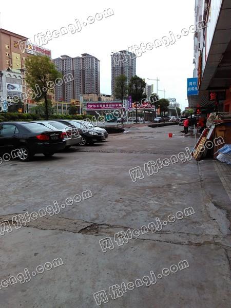 东莞厚街桥头二手鞋机市场116.jpg
