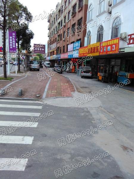 东莞厚街桥头二手鞋机市场1119.jpg