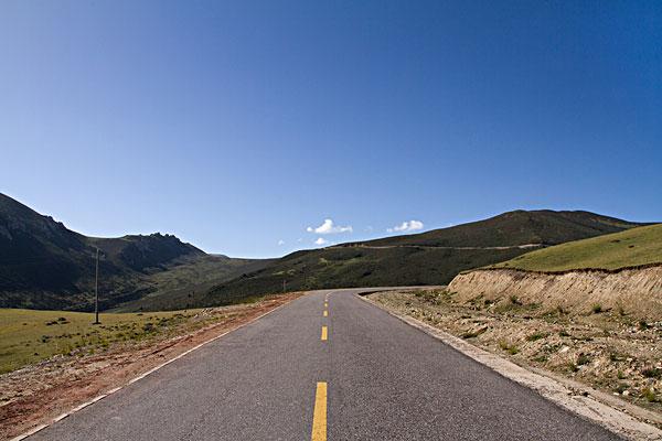 西藏:今年将建设美丽公路278公里