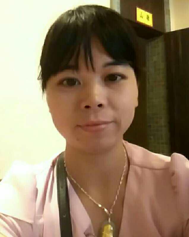 邓雪云:积极对待客户