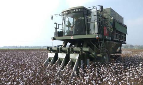 采棉机工作原理